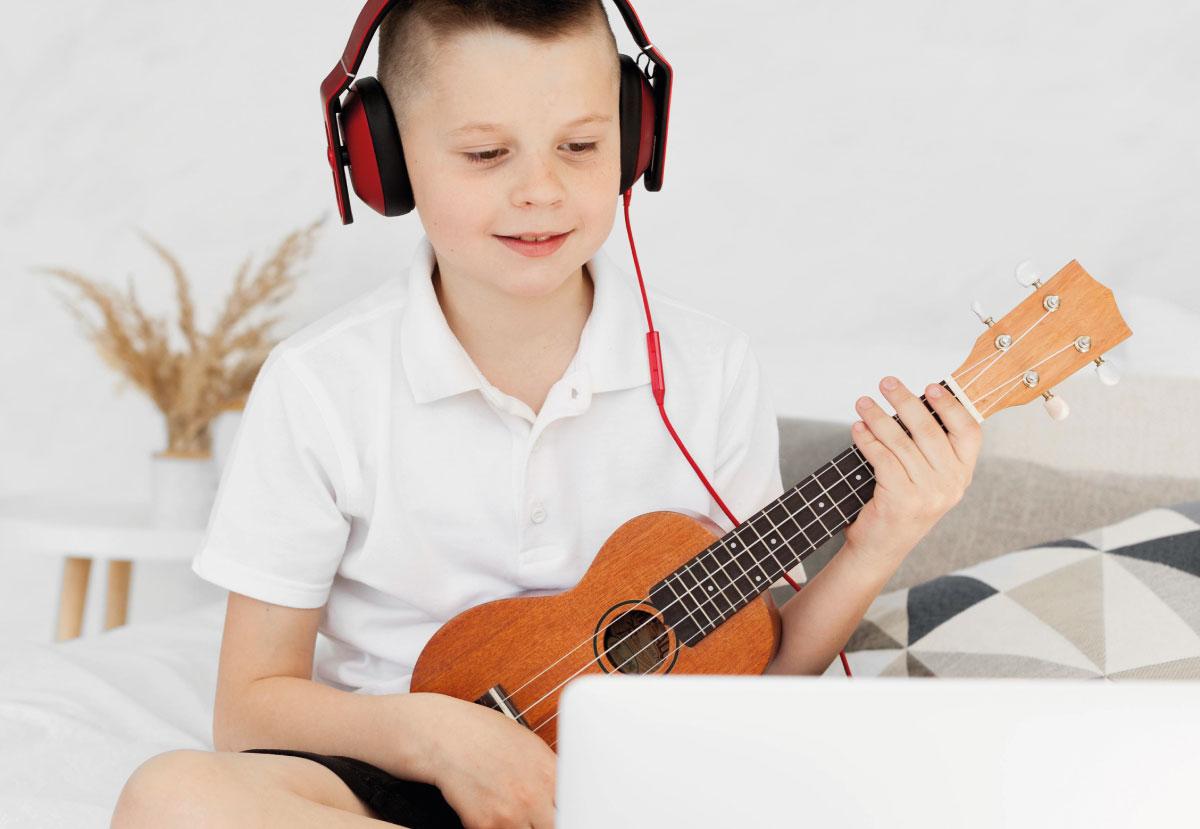 Ukulele in pillole - corsi di musica a imola